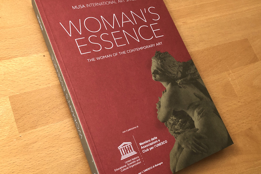 WOMAN'S ESSENCE SHOW Rom